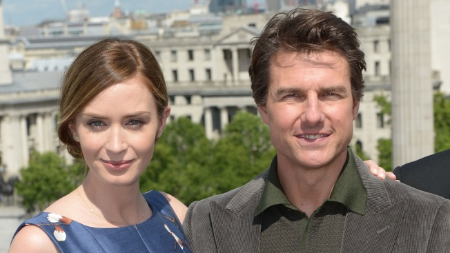 "Tom Cruise, Emily Blunt Push Limits to Promote ""Edge of Tomorrow"""