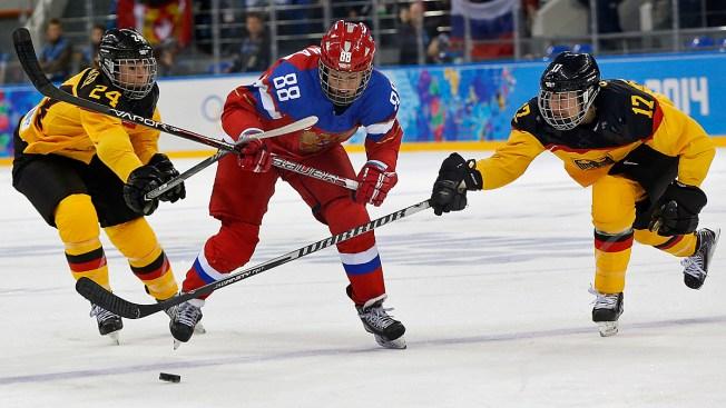 Russia Beats Germany 4-1 in Olympic Women's Hockey in Sochi