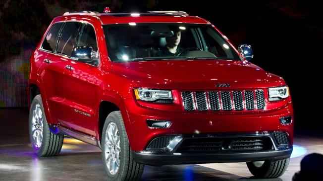 Chrysler to Recall 870,000 SUVs for Brake Defect