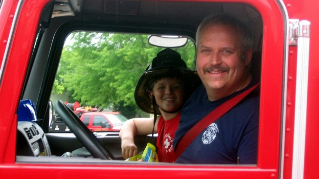 Fire Chief, a Pa. Native, And a Family of 5 Killed in Fiery Fire Truck Crash