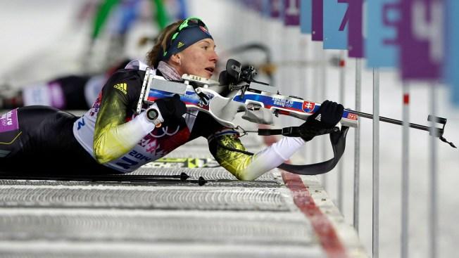 Slovakia's Kuzmina Defends Gold Medal in Olympic Women's Biathlon Sprint in Sochi