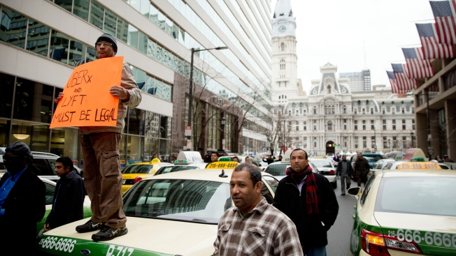 Philadelphia District Attorney Will Meet With Taxi, Uber Black Drivers Over UberX & Lyft