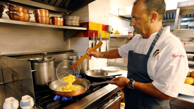 Feeding Francis: Celebrity Chef Serves Pope Simple, Healthy Fare