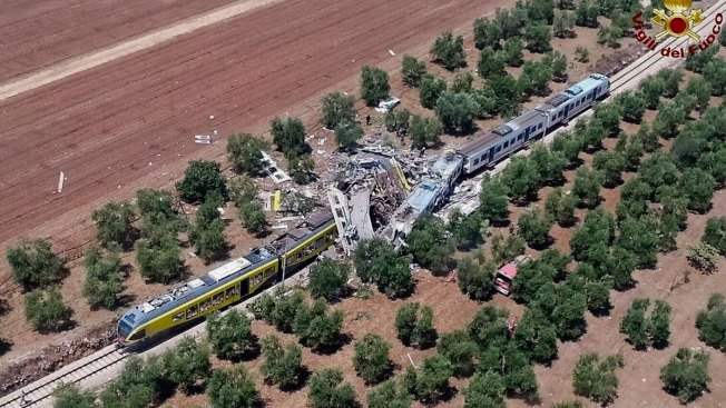 22 Dead in Head-On Train Crash in Southern Italy: Official