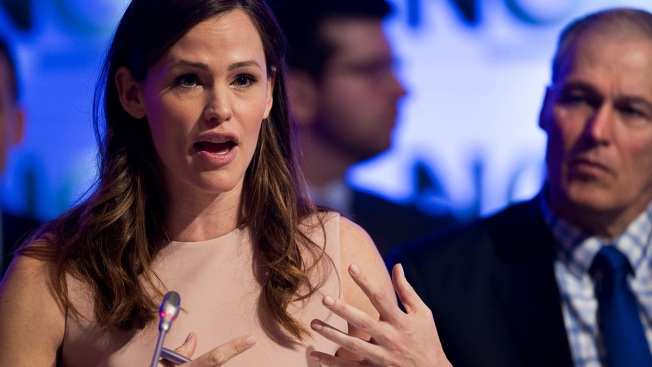 Jennifer Garner Stresses Early Education With US Governors