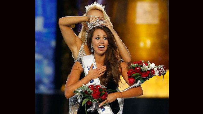 Miss North Dakota Cara Mund Becomes State's First-Ever Miss America