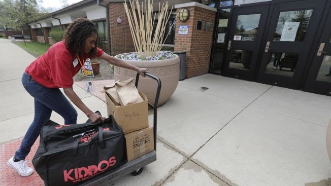Food Deliveries Are Remaking School Lunch — Where Schools Haven't Banned Them