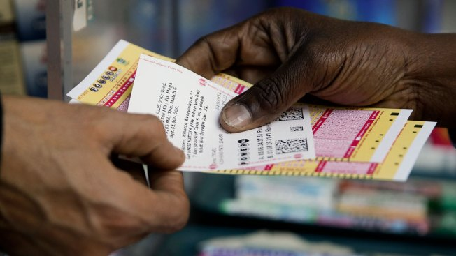Powerball Jackpot Soars to Estimated $700M