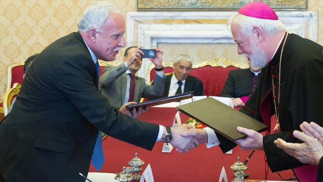 "Vatican Signs Treaty With ""State of Palestine"""