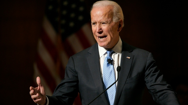 Biden Could Get Boost by Back-to-Back 2020 Departures