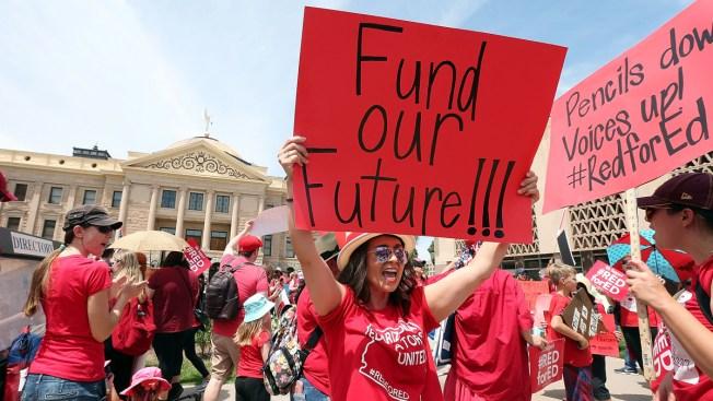 Arizona, Colorado Teachers Rally, Schools Close for 2nd Day