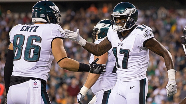 Cowboys suffer ugly loss to Eagles, 37-9