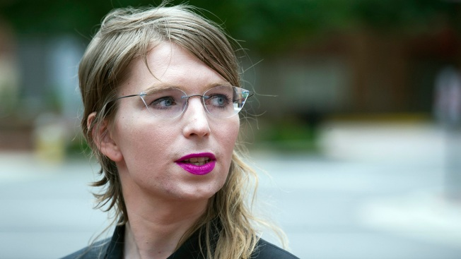 Chelsea Manning Refuses to Testify to Grand Jury, Ordered Back Into Federal Custody