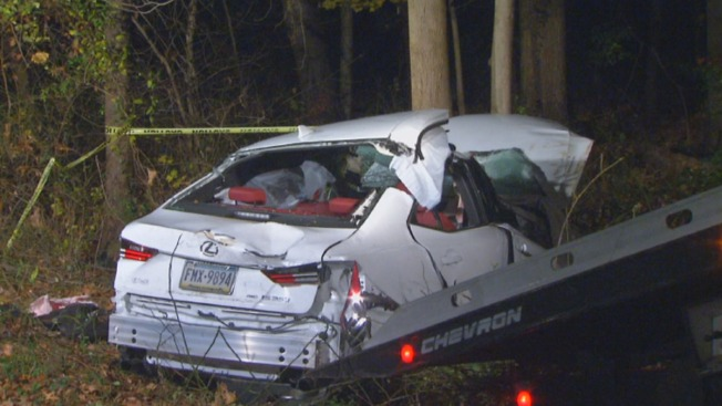 4 Hurt After Car Crashes Into Woods