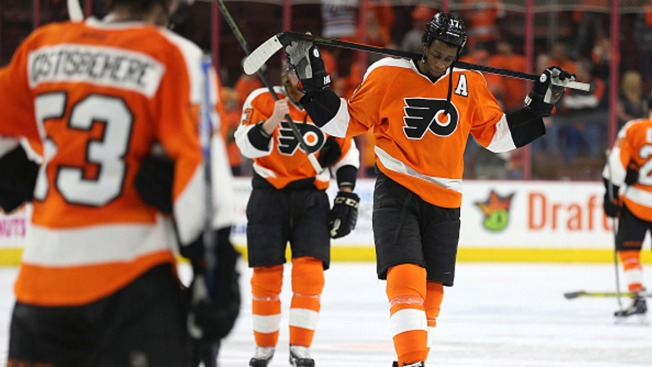 Neuvirth magnificent against Capitals as Flyers force Game 6