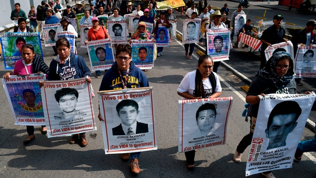 Mexico Searching Another Dump in Case of 43 Missing Students