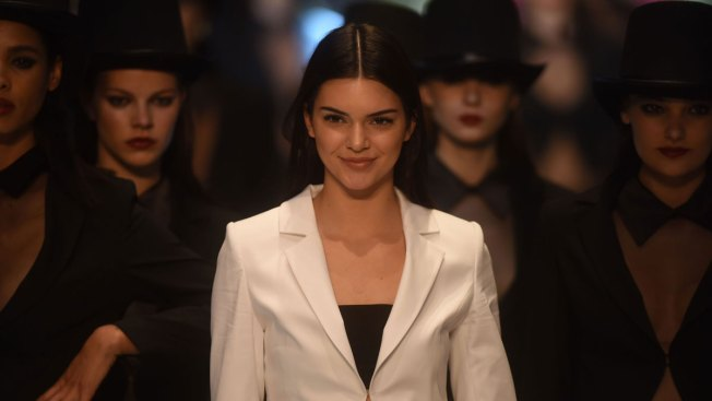 This Picture of Kendall Jenner Beat Kim Kardashian's Instagram Record