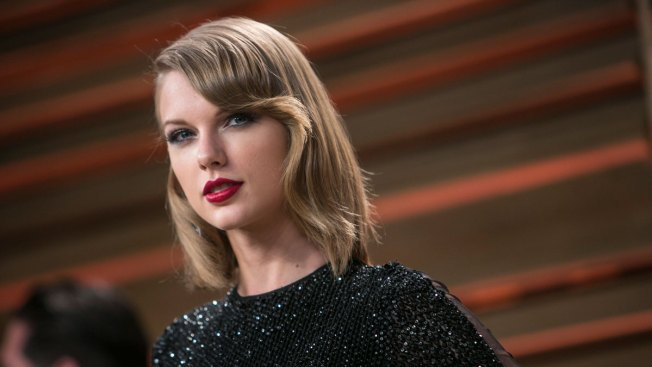 """We Hear You Taylor Swift"": Apple Changes Tune on Royalties"