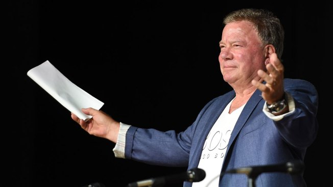 Fans Send Villanova to Final Four