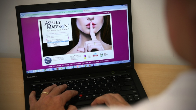 Evidence of Infidelities Spreads Online in Wake of Ashley Madison Hack