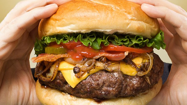 'Xtreme Eating' Awards: Unhealthiest Chain Meals in US