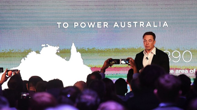 Tesla flips on the world's largest lithium ion battery