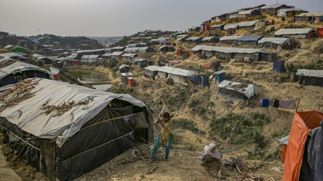 'Race Against Time': Rohingya Refugees Facing New Threat in Monsoon, Cyclone Season