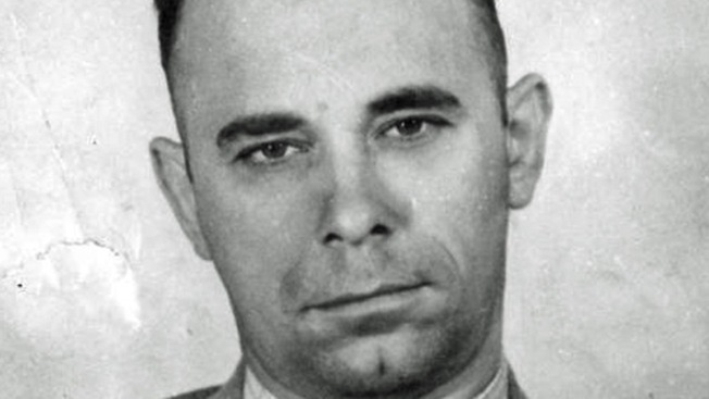 Town Keeping Tommy Gun Meant for Dillinger