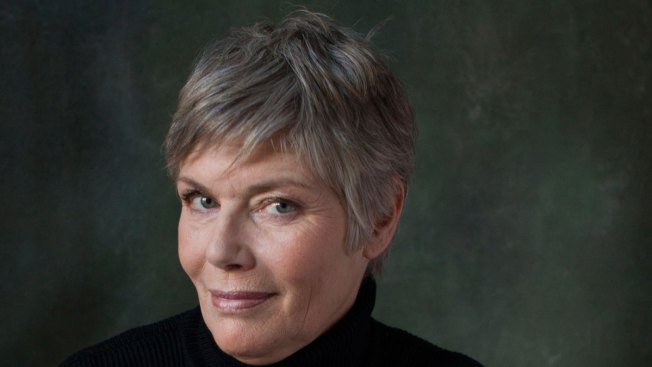 Actress Kelly McGillis Attacked at North Carolina Home