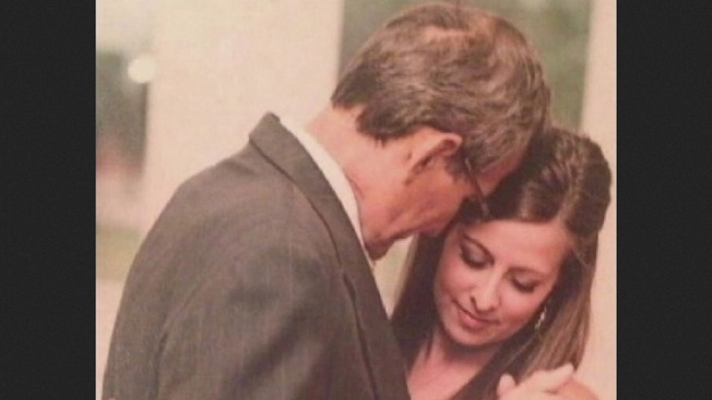 Priceless Photo of Newlywed and Late Father Stolen at Center City Restaurant