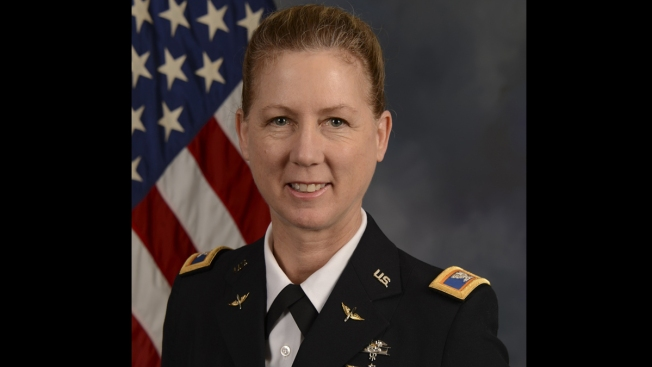 1st Woman to Take Command of US Army Infantry Division