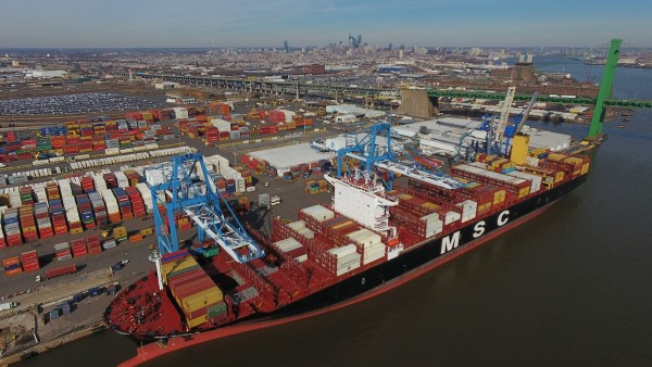 The Largest Cargo Ship at Port of Philadelphia Ever Docked This Week. Just How Big Was It?