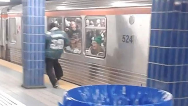 'Yeah I Hit the Pole, But the Passion Is There': Eagles Fan Who Ran Into Subway Pole in Viral Video Speaks Out