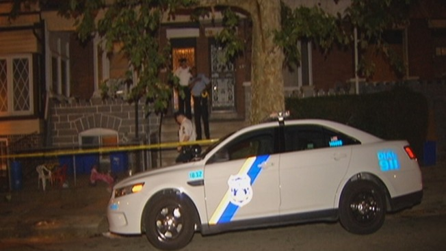 Man in Critical After Being Stabbed by Girlfriend: Police
