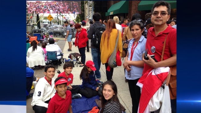 Toronto Couple, 5 Kids Make Pilgrimage for Papal Mass