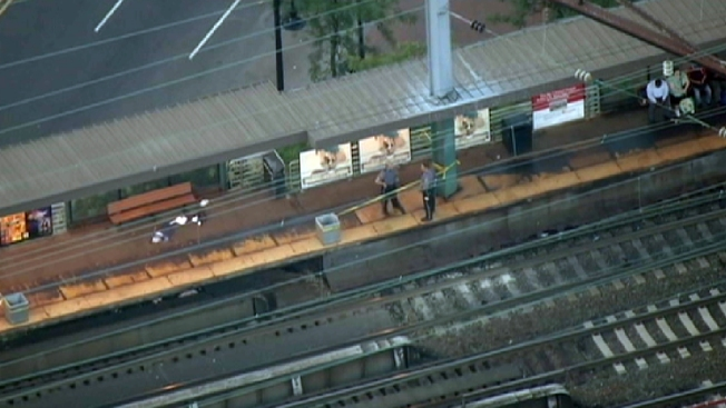 1 Shot in Robbery on NJ Transit Train Platform, 3 in Custody: Police