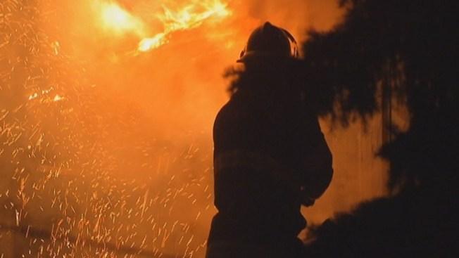 2 Women Hurt in House Fire