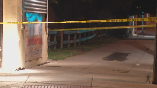 2 Men Hurt in Overnight Stabbings