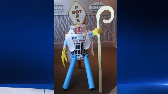 Pope Bot on Journey for Philly Redemption After HitchBot's Demise