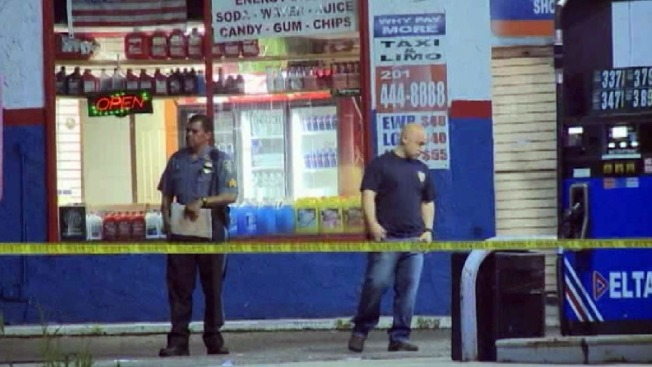 New Jersey Gas Station Clerk Shot in Armed Robbery: Police