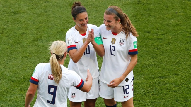 US Women Advance to Knockout Round of World Cup With 3-0 Win Over Chile