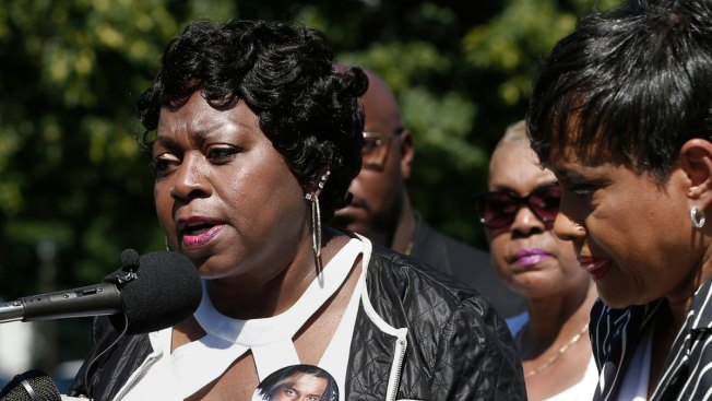 In US : Family of black motorist gets almost $3m over police shooting
