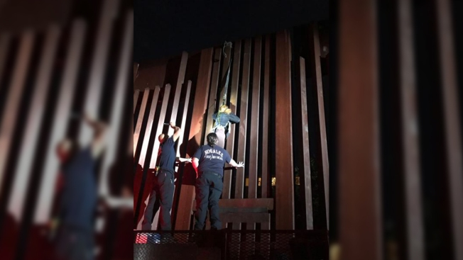 Border Patrol Agents Find Woman Dangling From Border Fence