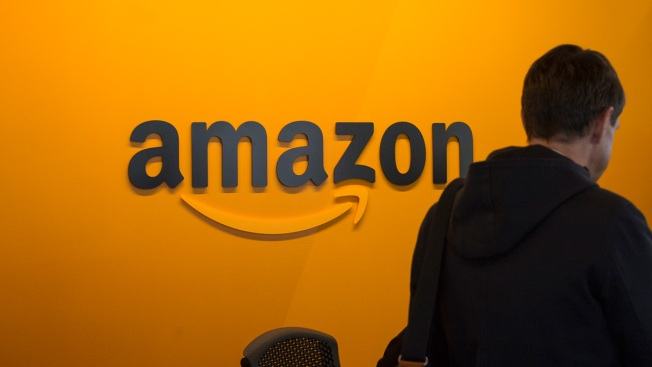 As Trump Tweets, Amazon Seeks to Expand its Business Empire