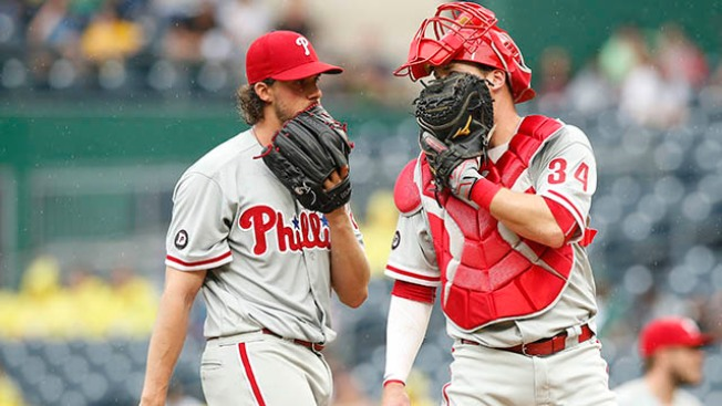 Phillies' Starting Pitching Heating Up Just as Offense Disappears in Loss to Pirates