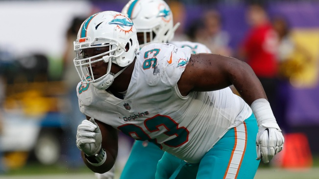 Will New Eagles DT Akeem Spence Be Ready to Play Sunday?