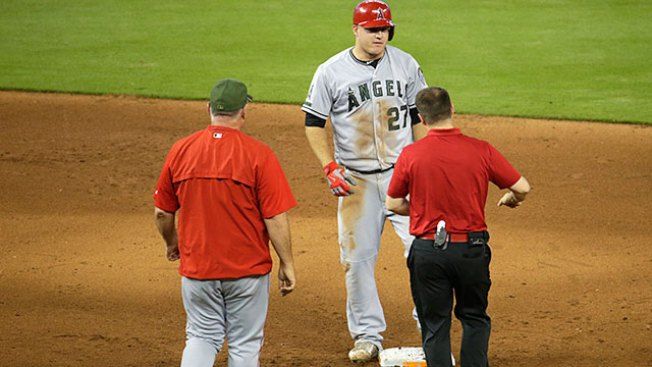 Instant Replay: Angels 7, Phillies 0