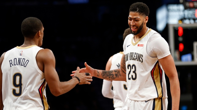 Davis Scores 44 as Pelicans Survive in Double Overtime