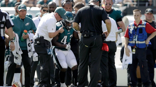 Report: Darren Sproles Out Indefinitely With Broken Arm