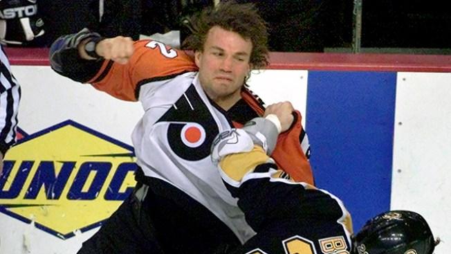NHL Notes: Islanders Hire Former Flyer Luke Richardson as Assistant Coach